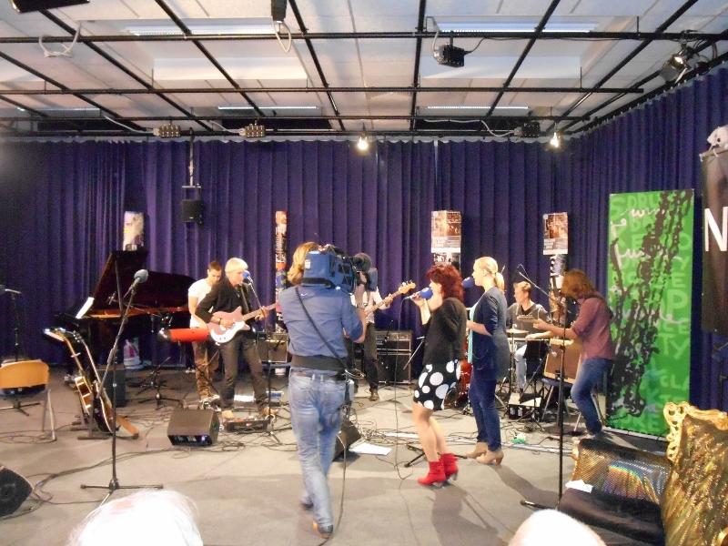 In de studio van Omrop Fryslân
